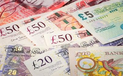 Money-628516870.jpg